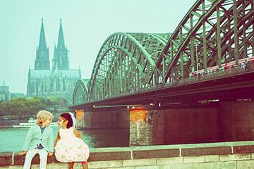 Hochzeit-in-Koeln-hochzeiten-Hochzeitsfotograf-Hochzeitsfotografie-koeln-Hochzeitsfotografin-Hochzeitsfotos-Bergisch-Gladbach-Bonn-Cologne-Fotografin-Guelten-Hamidanoglu-Troisdorf-ha-mosaik