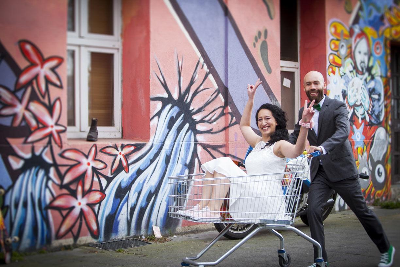 Jasmin & Julius - Hochzeitenfotograf Koeln Hochzeitsfoto JJ  15