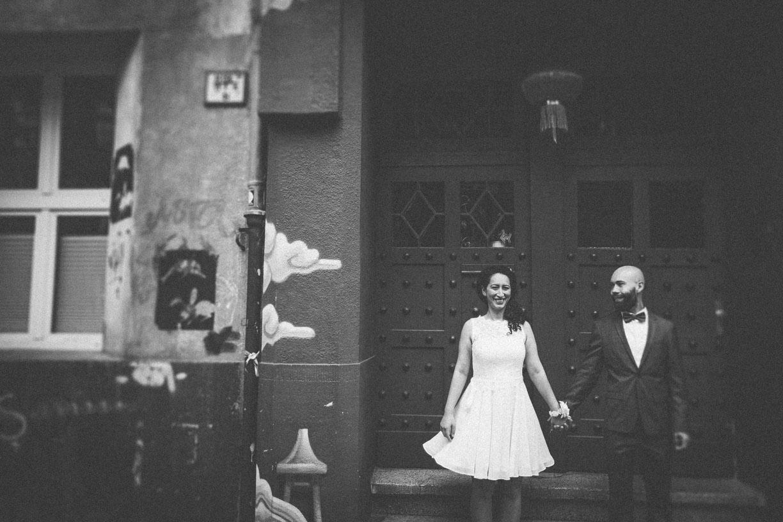 Jasmin & Julius - Hochzeitenfotograf Koeln Hochzeitsfoto JJ  17