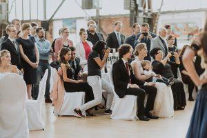 Hochzeitsfotografin aus Köln mit positiver Ausstrahlung