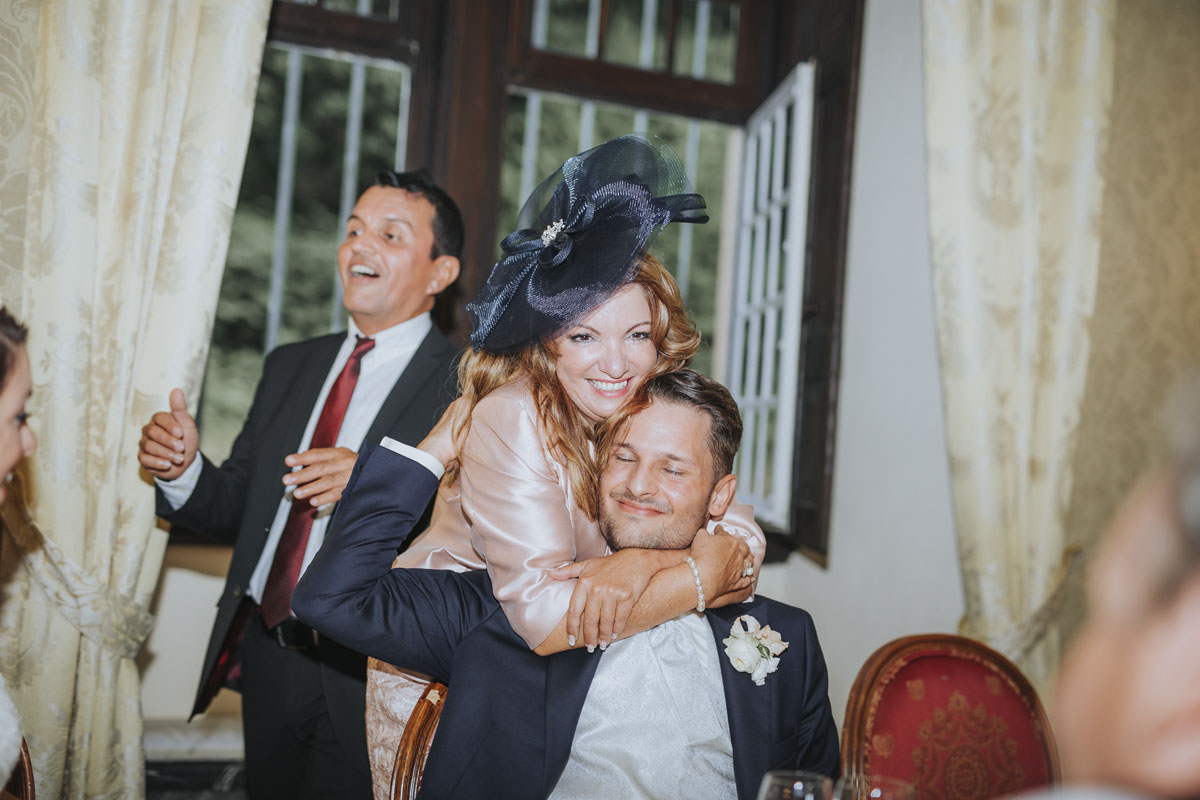Patricia + Tom | Prinzessinnenhochzeit auf Ehreshoven - Fotografin Guelten Hamidanoglu Koeln Hochzeiten Hochzeitsfotos  104