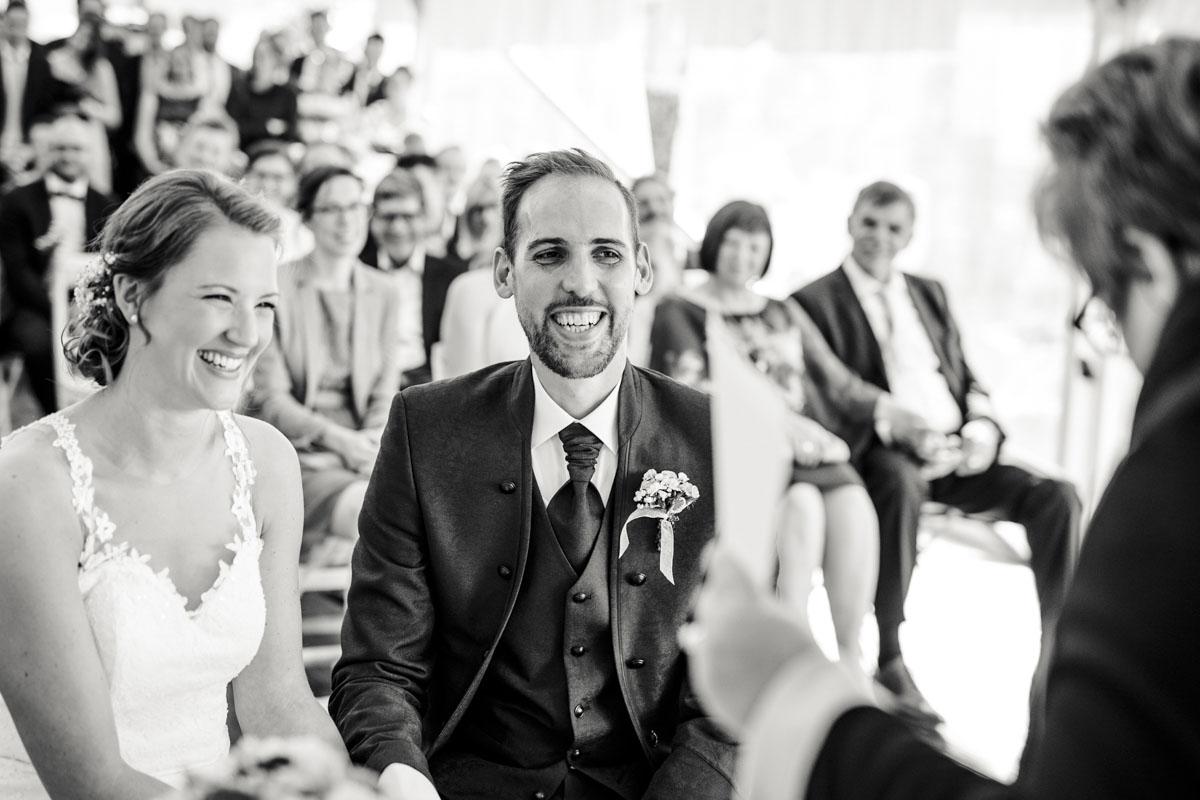 Silke + Clemens | Freie Trauung auf Gut Hohenholz - Fotografin Guelten Hamidanoglu Koeln Hochzeiten Hochzeitsfotos  108