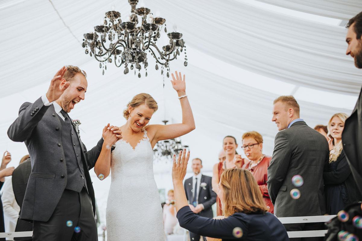 Silke + Clemens | Freie Trauung auf Gut Hohenholz - Fotografin Guelten Hamidanoglu Koeln Hochzeiten Hochzeitsfotos  120 1
