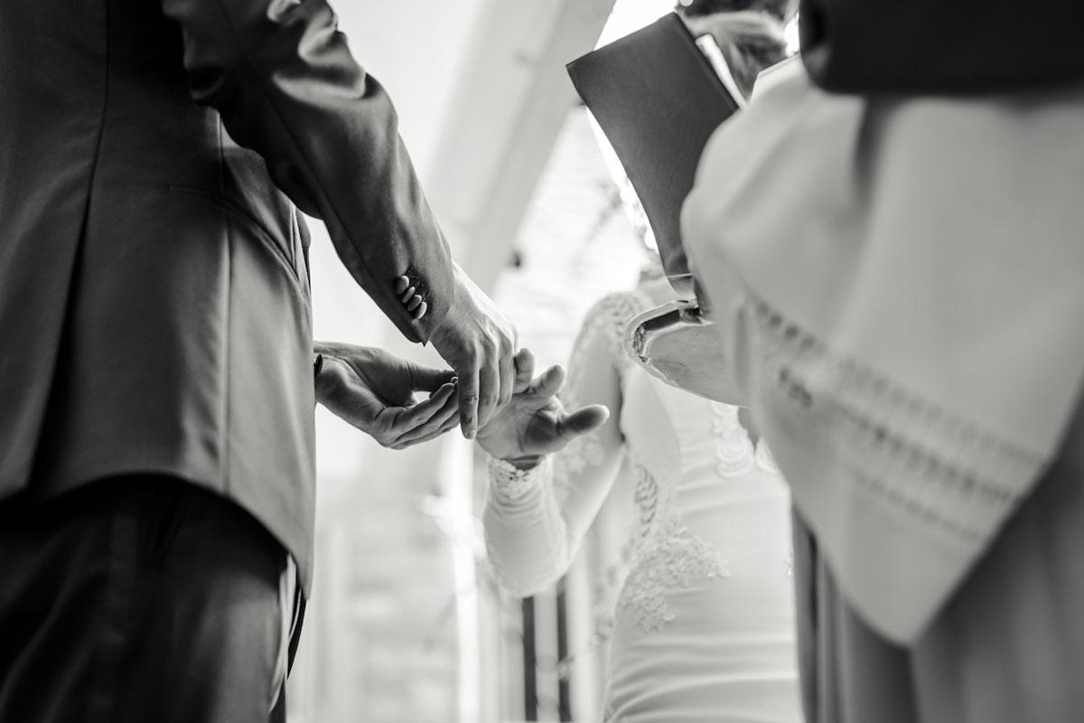 Alica+ Carsten | Freie Trauung im eigenen Garten - Fotografin Guelten Hamidanoglu Koeln Hochzeiten Hochzeitsfotos  120