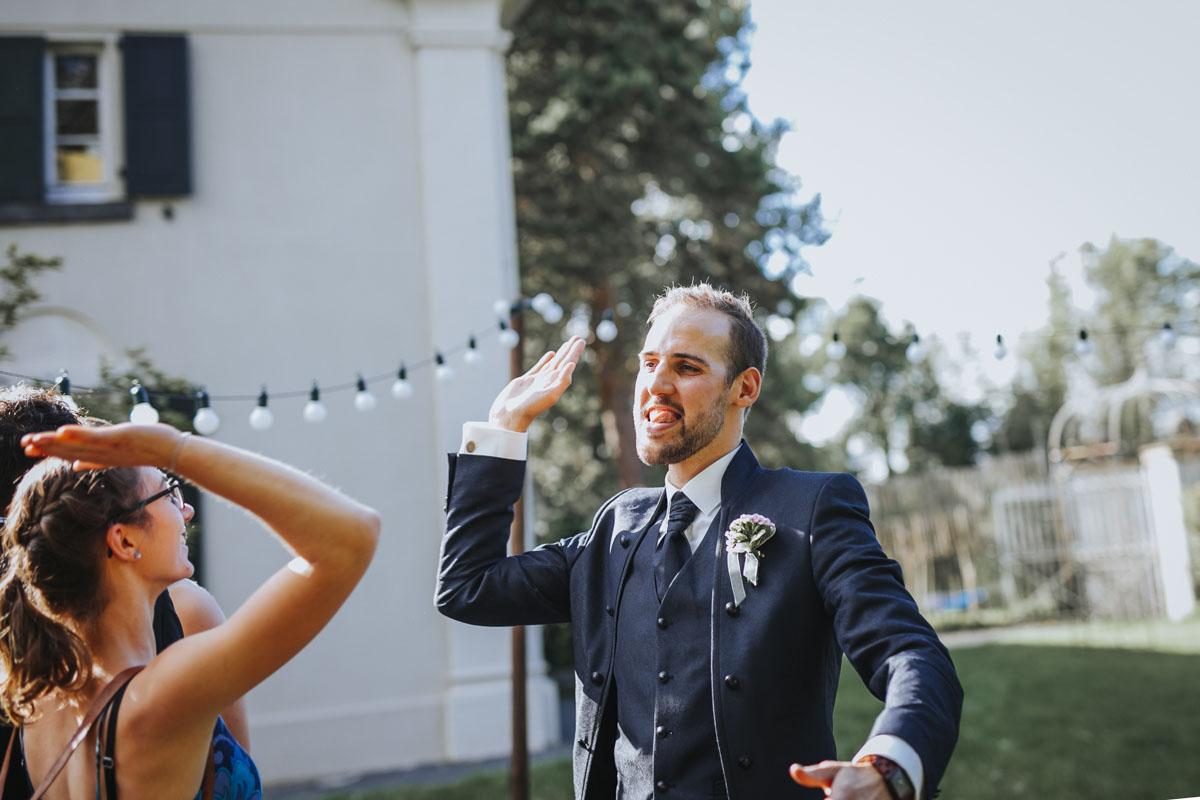 Silke + Clemens | Freie Trauung auf Gut Hohenholz - Fotografin Guelten Hamidanoglu Koeln Hochzeiten Hochzeitsfotos  147 1