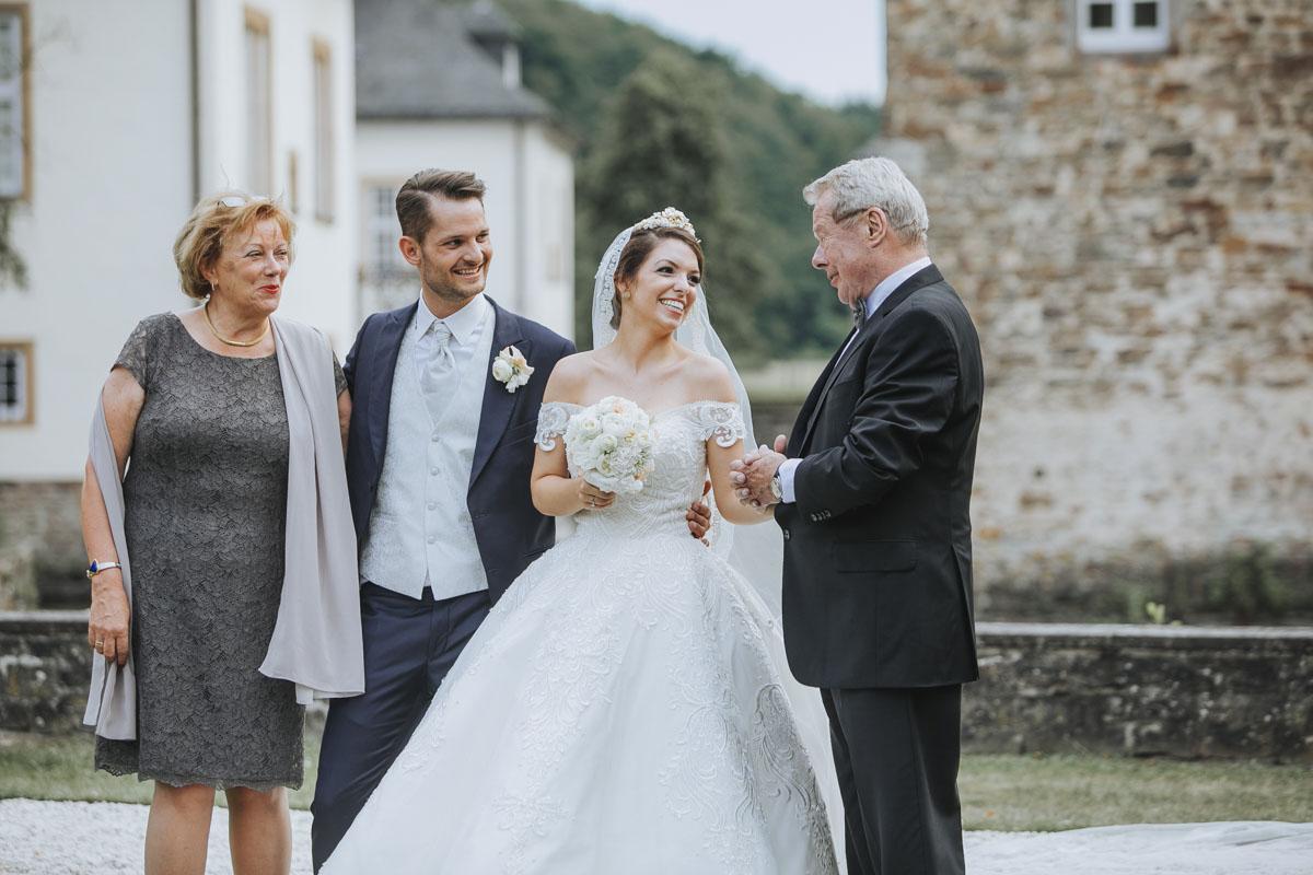 Patricia + Tom | Prinzessinnenhochzeit auf Ehreshoven - Fotografin Guelten Hamidanoglu Koeln Hochzeiten Hochzeitsfotos  185 1