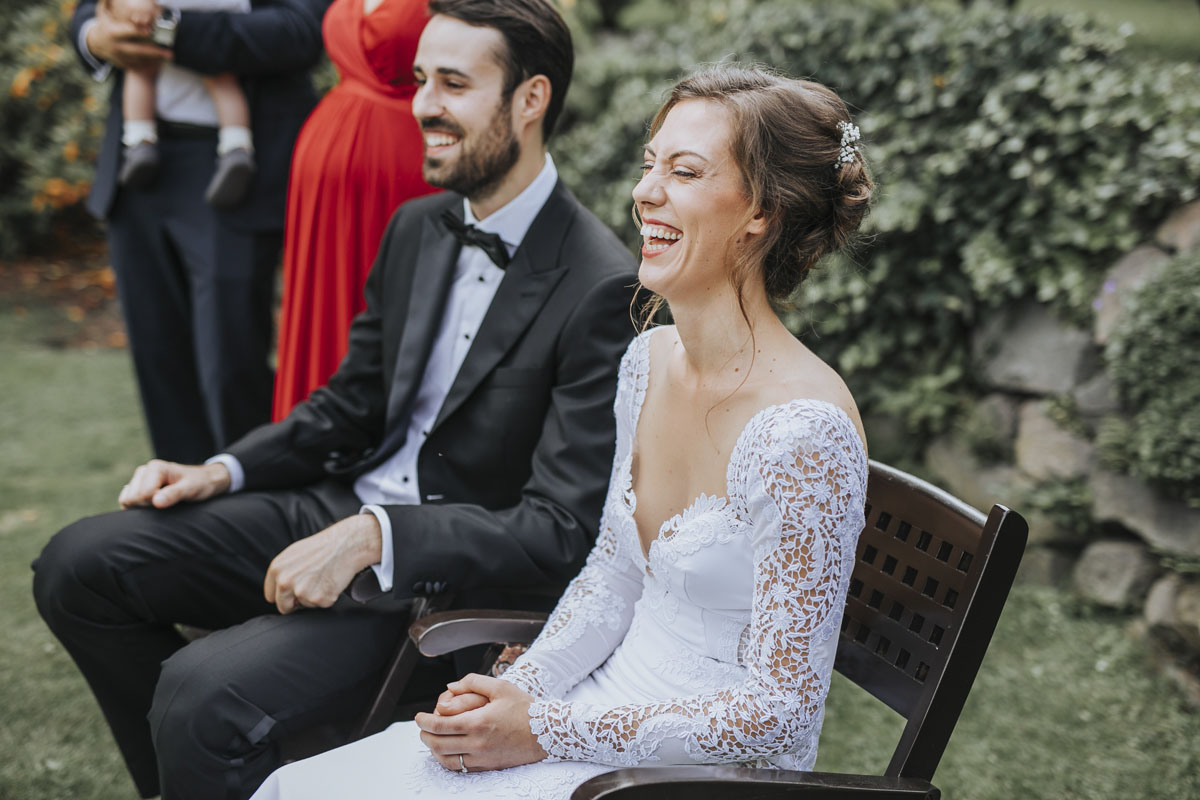 Alica+ Carsten | Freie Trauung im eigenen Garten - Fotografin Guelten Hamidanoglu Koeln Hochzeiten Hochzeitsfotos  213 1