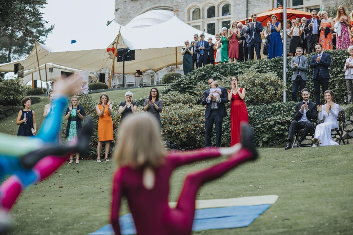 Alica+ Carsten | Freie Trauung im eigenen Garten - Fotografin Guelten Hamidanoglu Koeln Hochzeiten Hochzeitsfotos  225