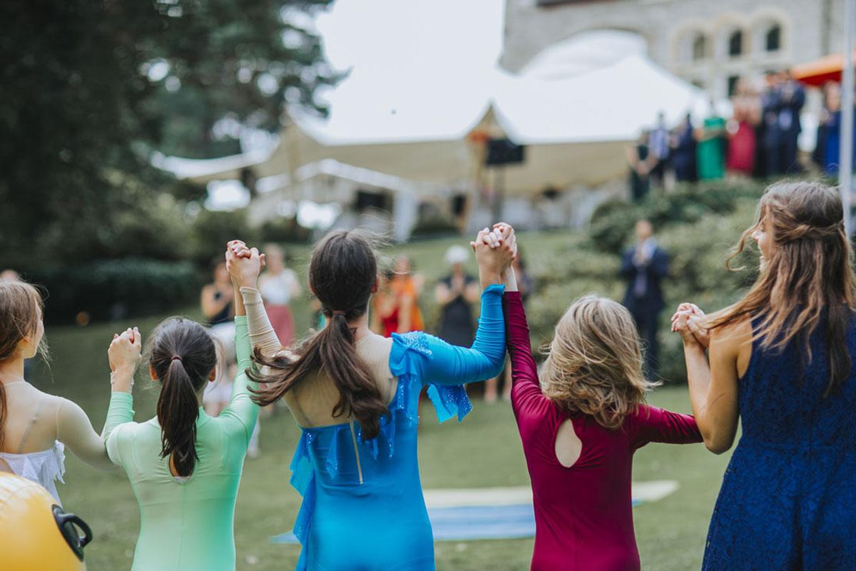 Alica+ Carsten | Freie Trauung im eigenen Garten - Fotografin Guelten Hamidanoglu Koeln Hochzeiten Hochzeitsfotos  231 1
