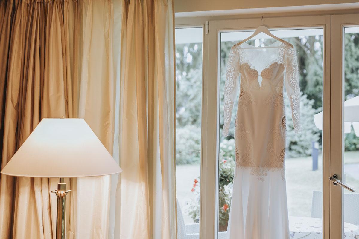 Alica+ Carsten | Freie Trauung im eigenen Garten - Fotografin Guelten Hamidanoglu Koeln Hochzeiten Hochzeitsfotos  25