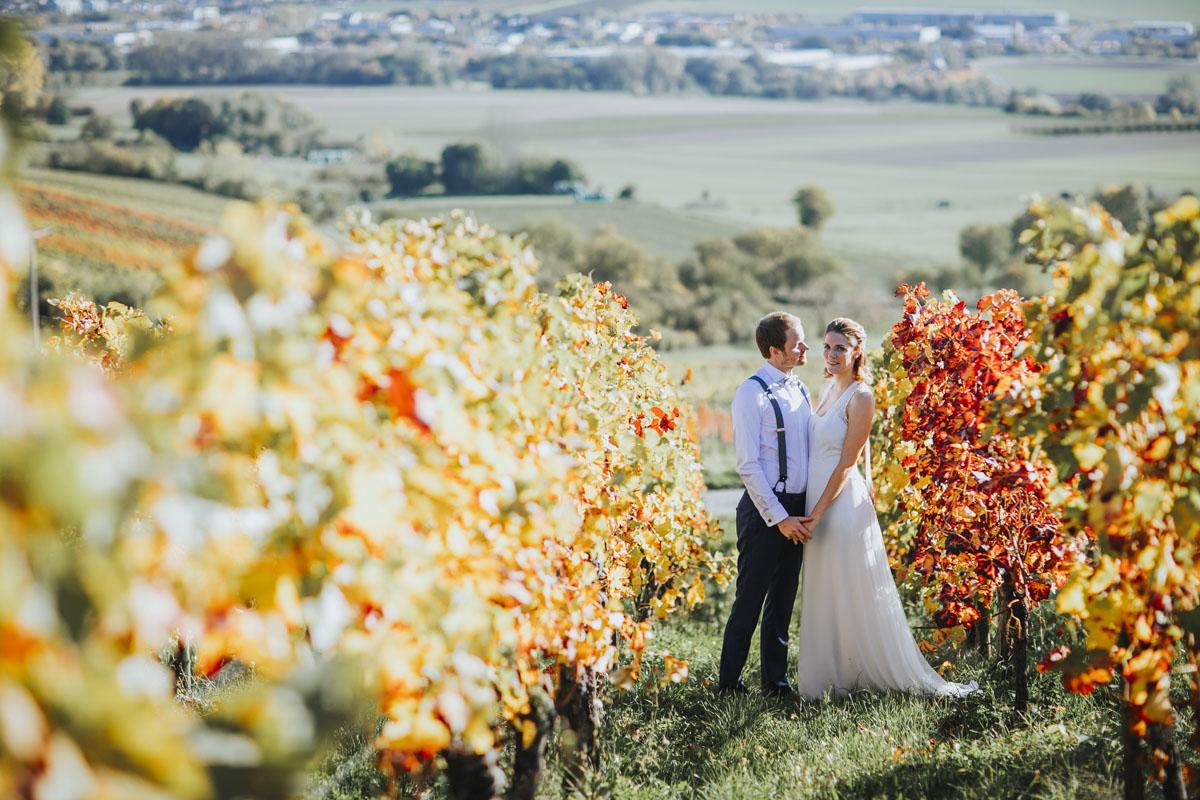 Caro + Chris | Herbstliche Hochzeit auf Hof Herzberg - Fotografin Guelten Hamidanoglu Koeln Hochzeiten Hochzeitsfotos  250