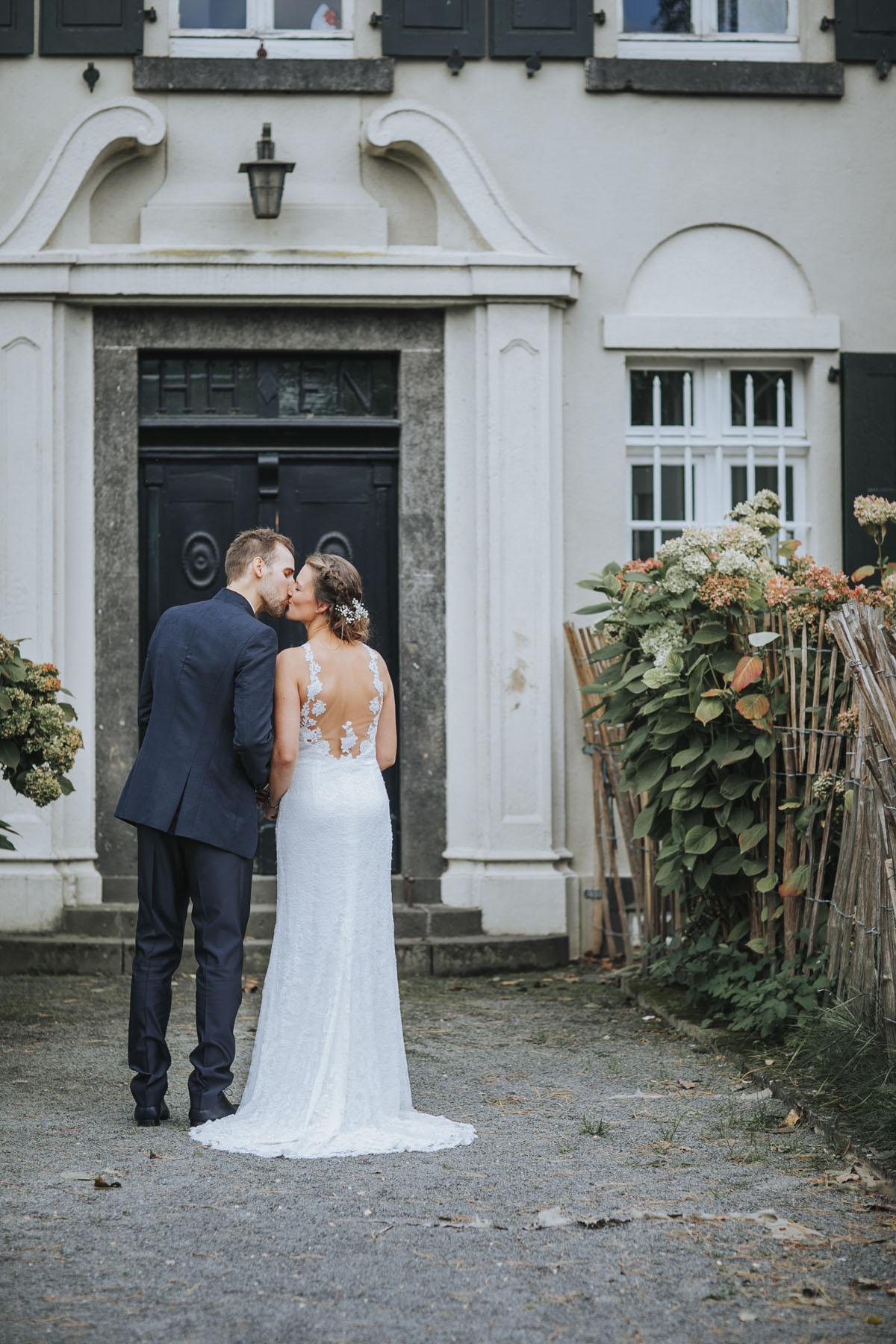 Silke + Clemens | Freie Trauung auf Gut Hohenholz - Fotografin Guelten Hamidanoglu Koeln Hochzeiten Hochzeitsfotos  269