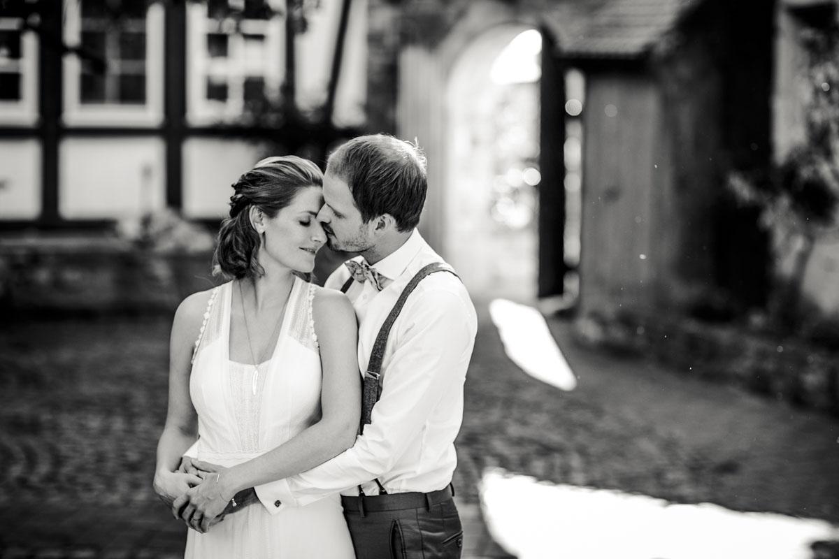 Caro + Chris | Herbstliche Hochzeit auf Hof Herzberg - Fotografin Guelten Hamidanoglu Koeln Hochzeiten Hochzeitsfotos  273