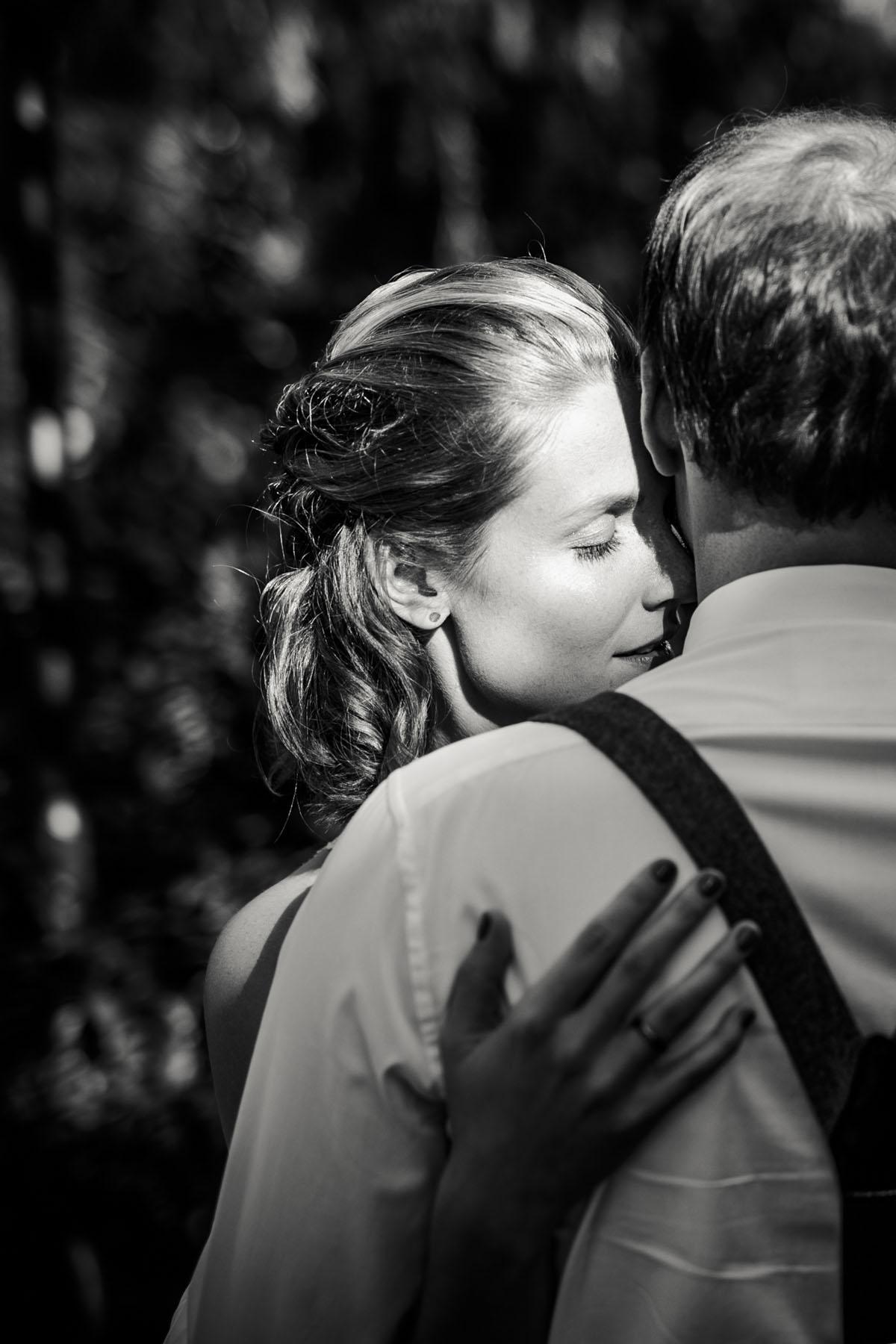 Caro + Chris | Herbstliche Hochzeit auf Hof Herzberg - Fotografin Guelten Hamidanoglu Koeln Hochzeiten Hochzeitsfotos  282