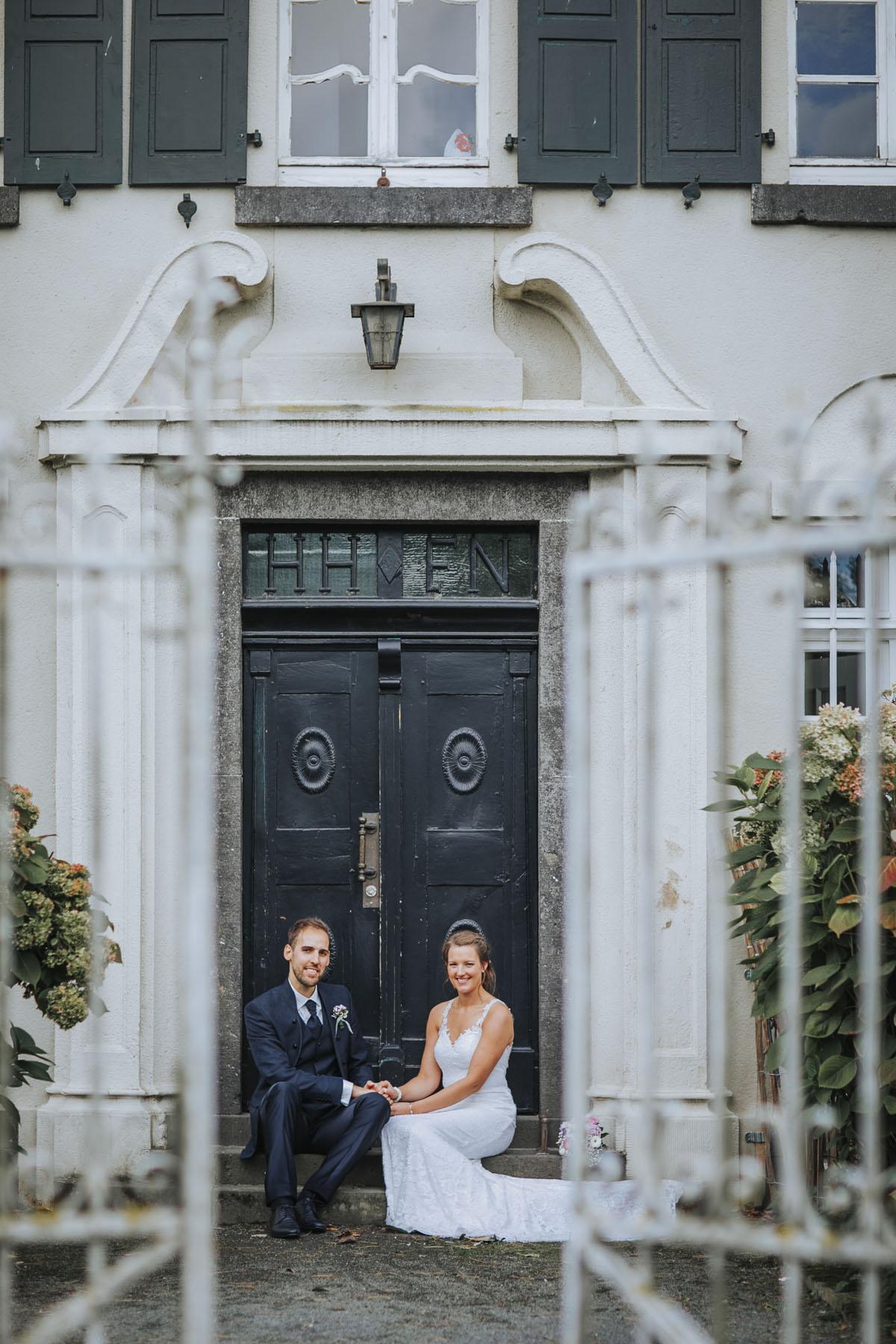 Silke + Clemens | Freie Trauung auf Gut Hohenholz - Fotografin Guelten Hamidanoglu Koeln Hochzeiten Hochzeitsfotos  288 1