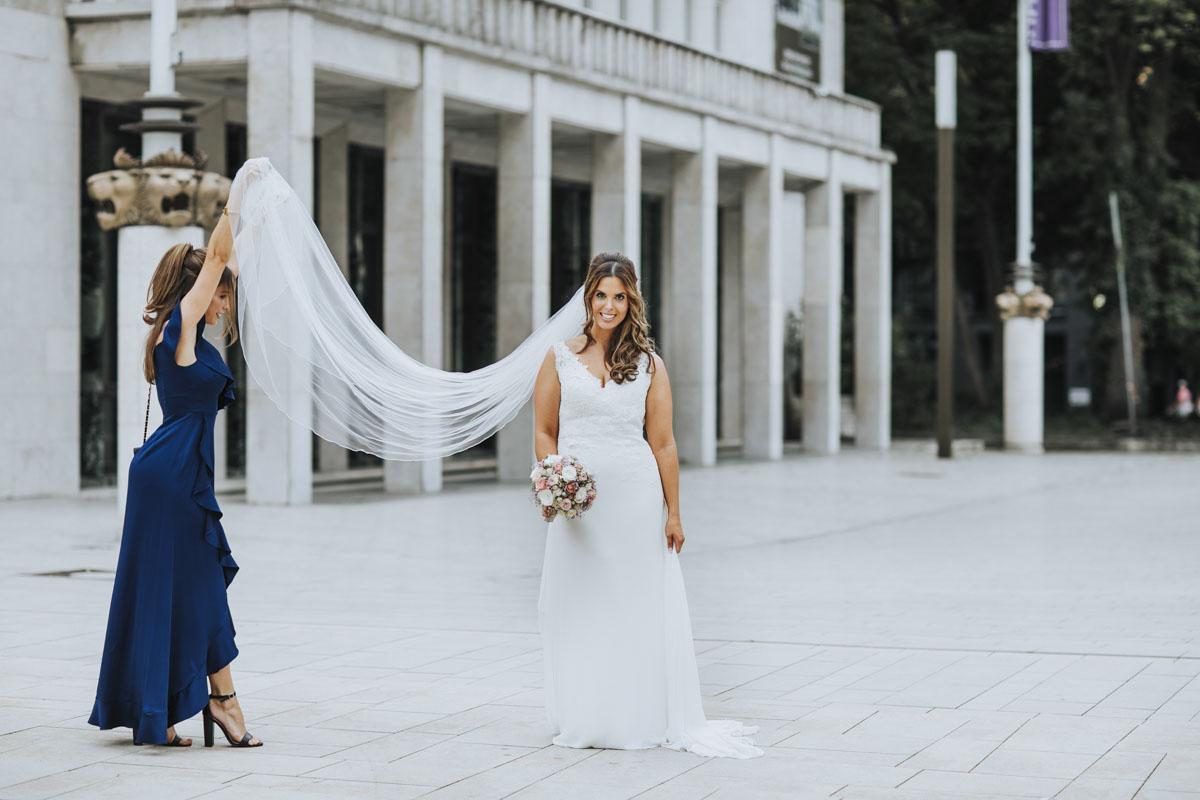 Janine+ Boris | Wir überraschen unsere Hochzeitsgäste mit dem bauwerk in Köln - Fotografin Guelten Hamidanoglu Koeln Hochzeiten Hochzeitsfotos  289