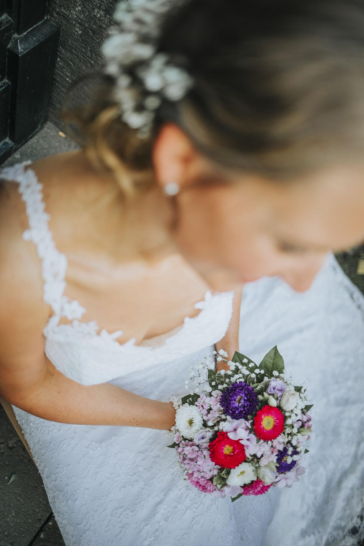 Silke + Clemens | Freie Trauung auf Gut Hohenholz - Fotografin Guelten Hamidanoglu Koeln Hochzeiten Hochzeitsfotos  300 1
