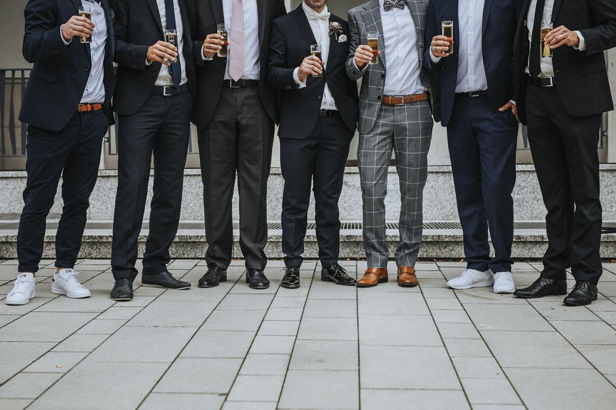 Janine+ Boris | Wir überraschen unsere Hochzeitsgäste mit dem bauwerk in Köln - Fotografin Guelten Hamidanoglu Koeln Hochzeiten Hochzeitsfotos  322