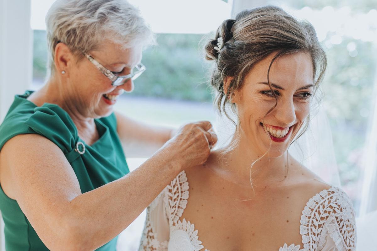 Alica+ Carsten | Freie Trauung im eigenen Garten - Fotografin Guelten Hamidanoglu Koeln Hochzeiten Hochzeitsfotos  34