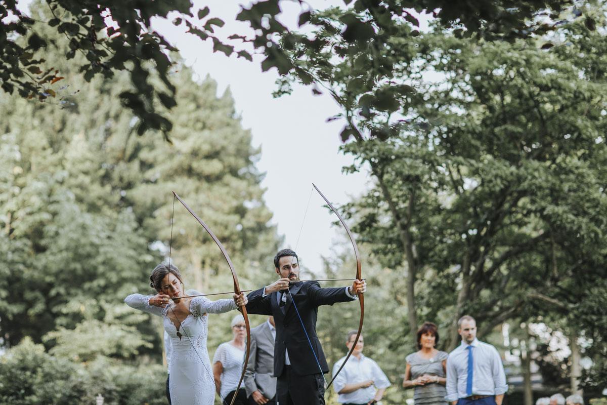 Alica+ Carsten | Freie Trauung im eigenen Garten - Fotografin Guelten Hamidanoglu Koeln Hochzeiten Hochzeitsfotos  375