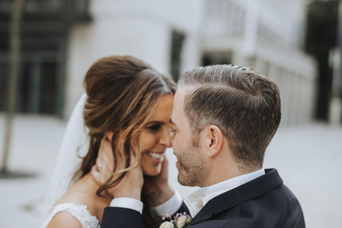 Janine+ Boris | Wir überraschen unsere Hochzeitsgäste mit dem bauwerk in Köln - Fotografin Guelten Hamidanoglu Koeln Hochzeiten Hochzeitsfotos  378