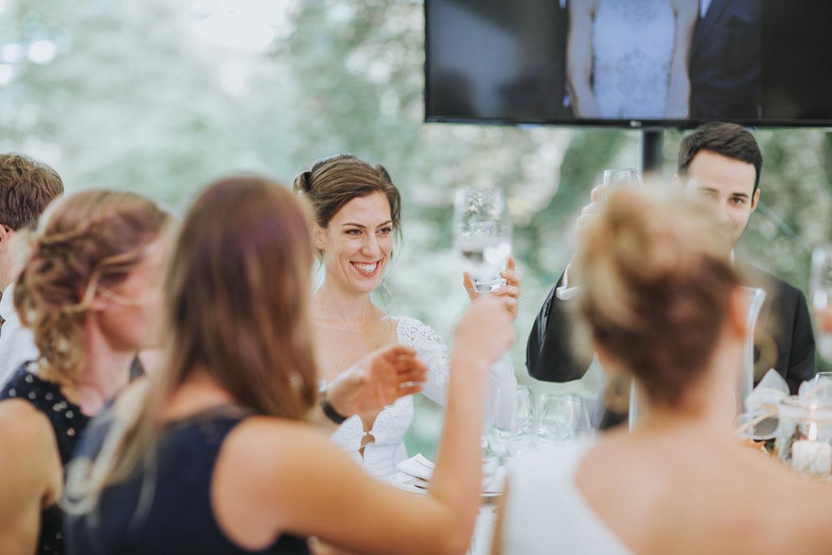 Alica+ Carsten | Freie Trauung im eigenen Garten - Fotografin Guelten Hamidanoglu Koeln Hochzeiten Hochzeitsfotos  408