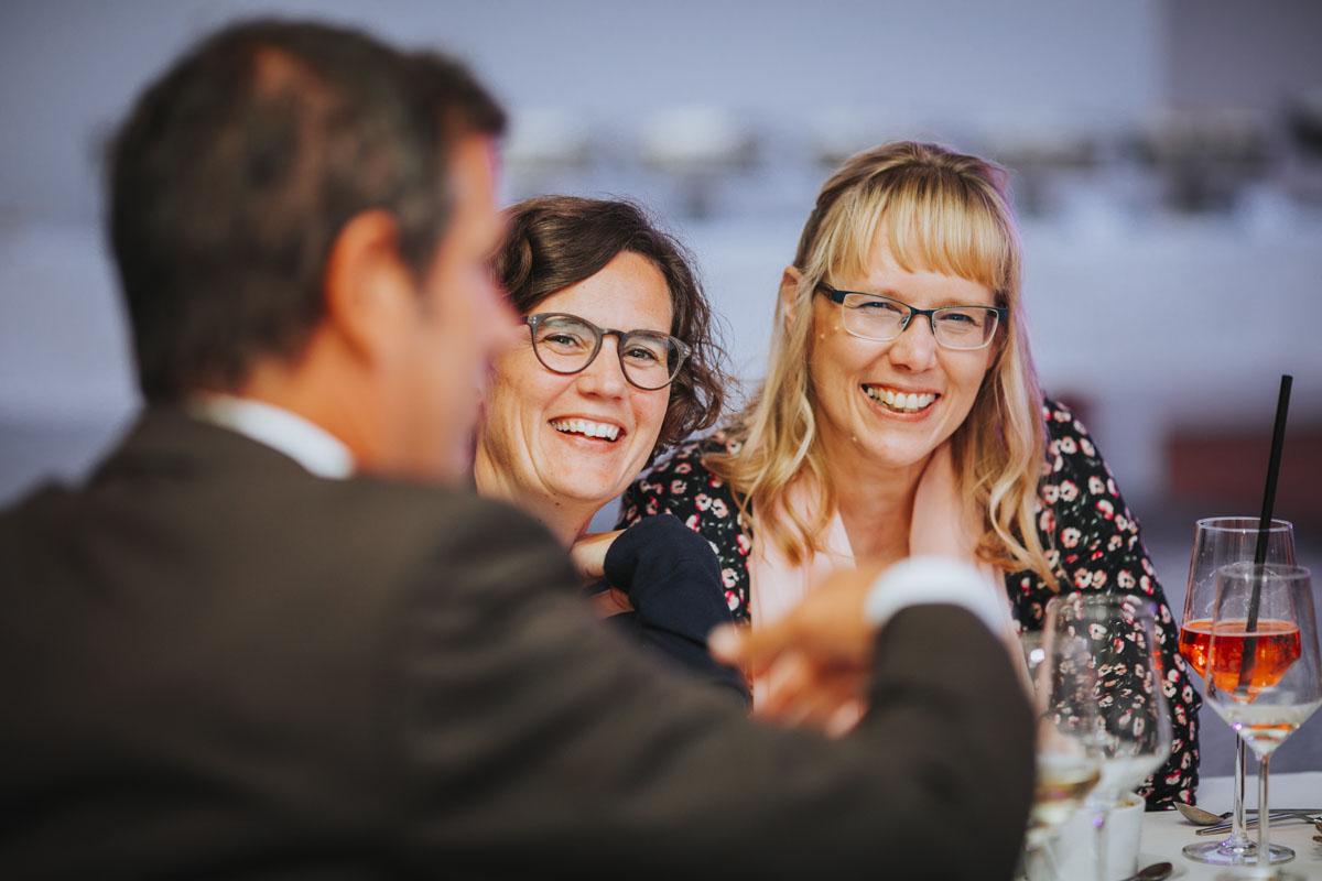 Silke + Clemens | Freie Trauung auf Gut Hohenholz - Fotografin Guelten Hamidanoglu Koeln Hochzeiten Hochzeitsfotos  443