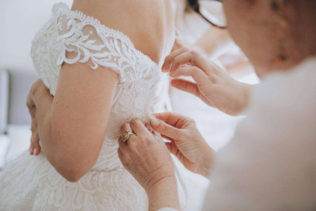 Patricia + Tom | Prinzessinnenhochzeit auf Ehreshoven - Fotografin Guelten Hamidanoglu Koeln Hochzeiten Hochzeitsfotos  456 1