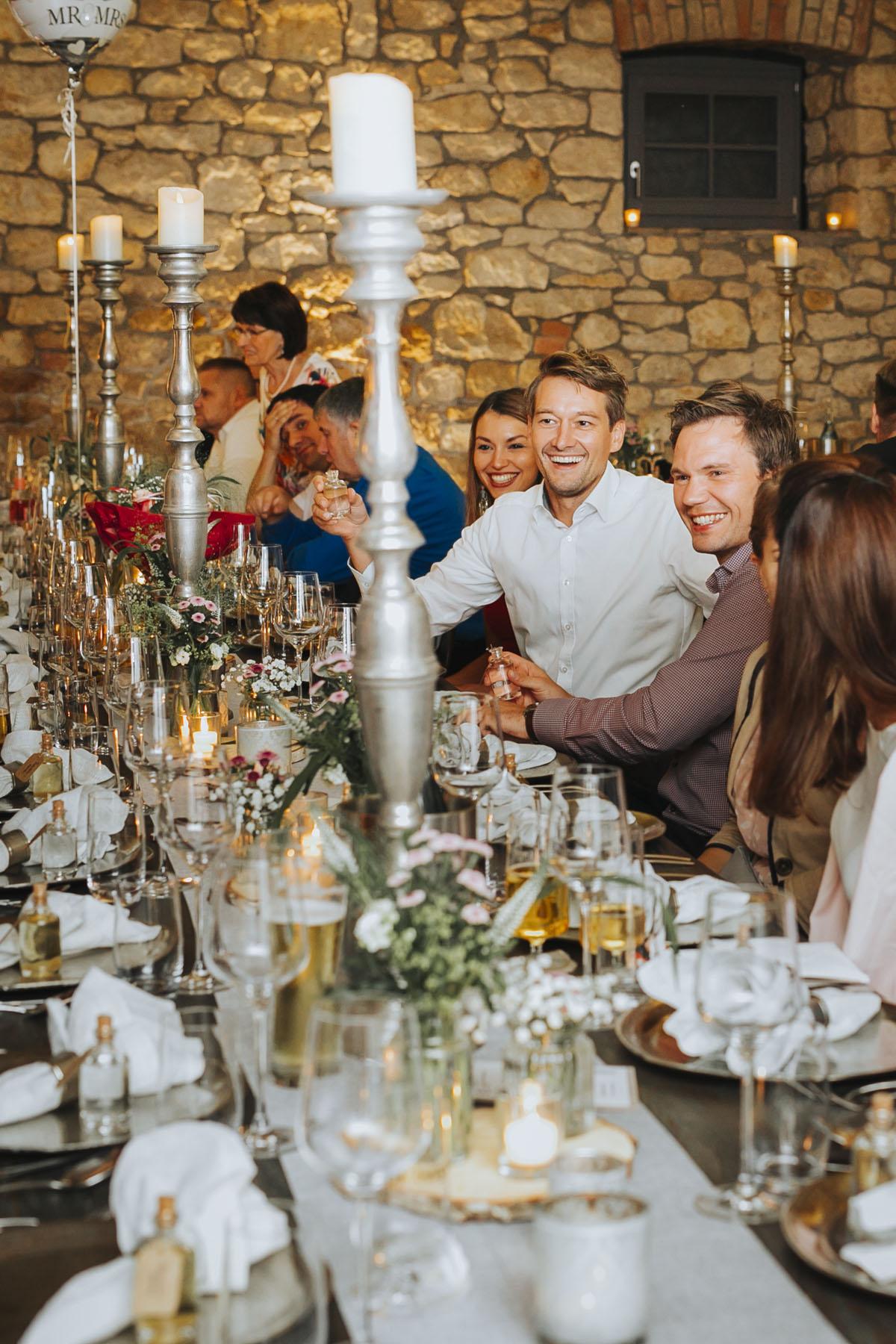 Caro + Chris | Herbstliche Hochzeit auf Hof Herzberg - Fotografin Guelten Hamidanoglu Koeln Hochzeiten Hochzeitsfotos  467