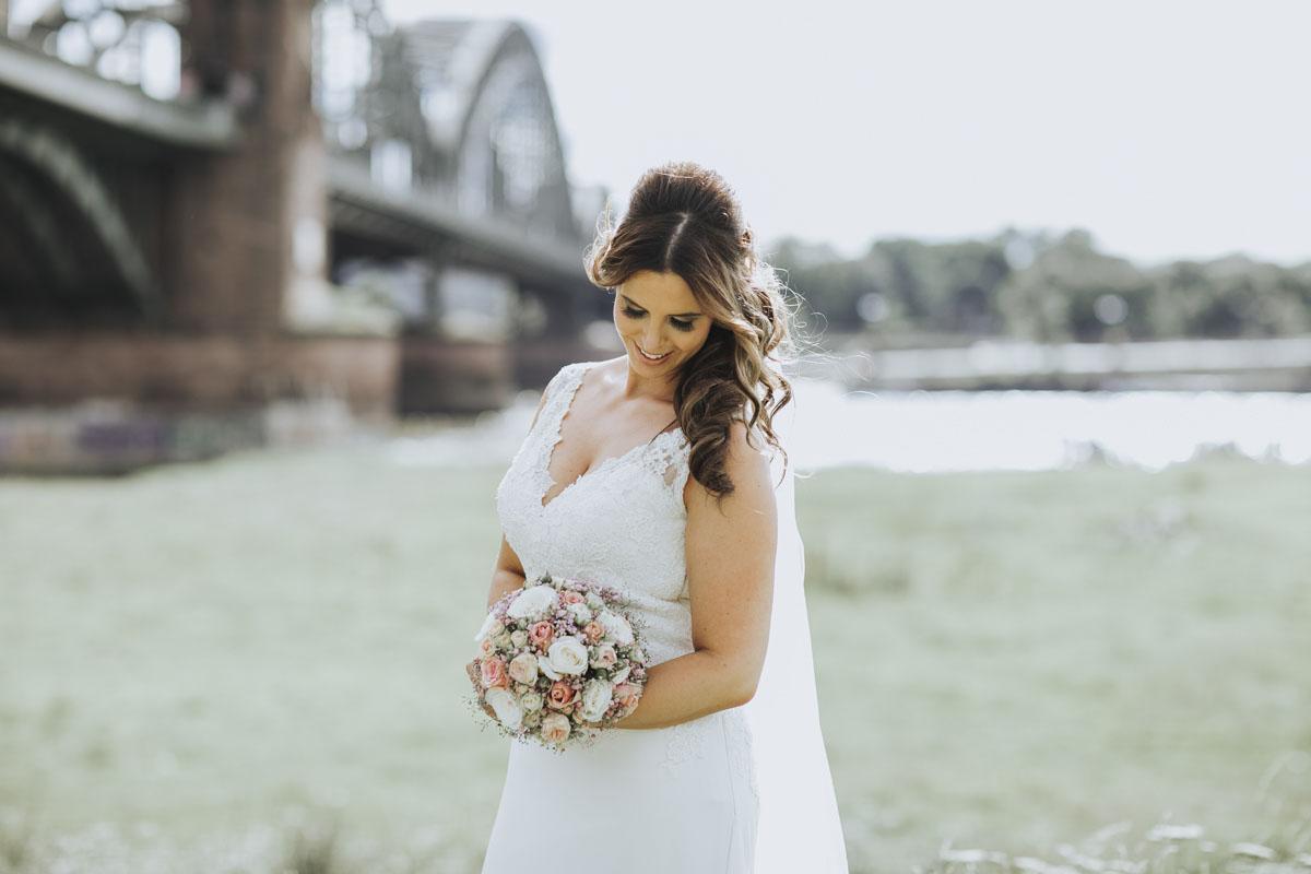 Janine+ Boris | Wir überraschen unsere Hochzeitsgäste mit dem bauwerk in Köln - Fotografin Guelten Hamidanoglu Koeln Hochzeiten Hochzeitsfotos  478