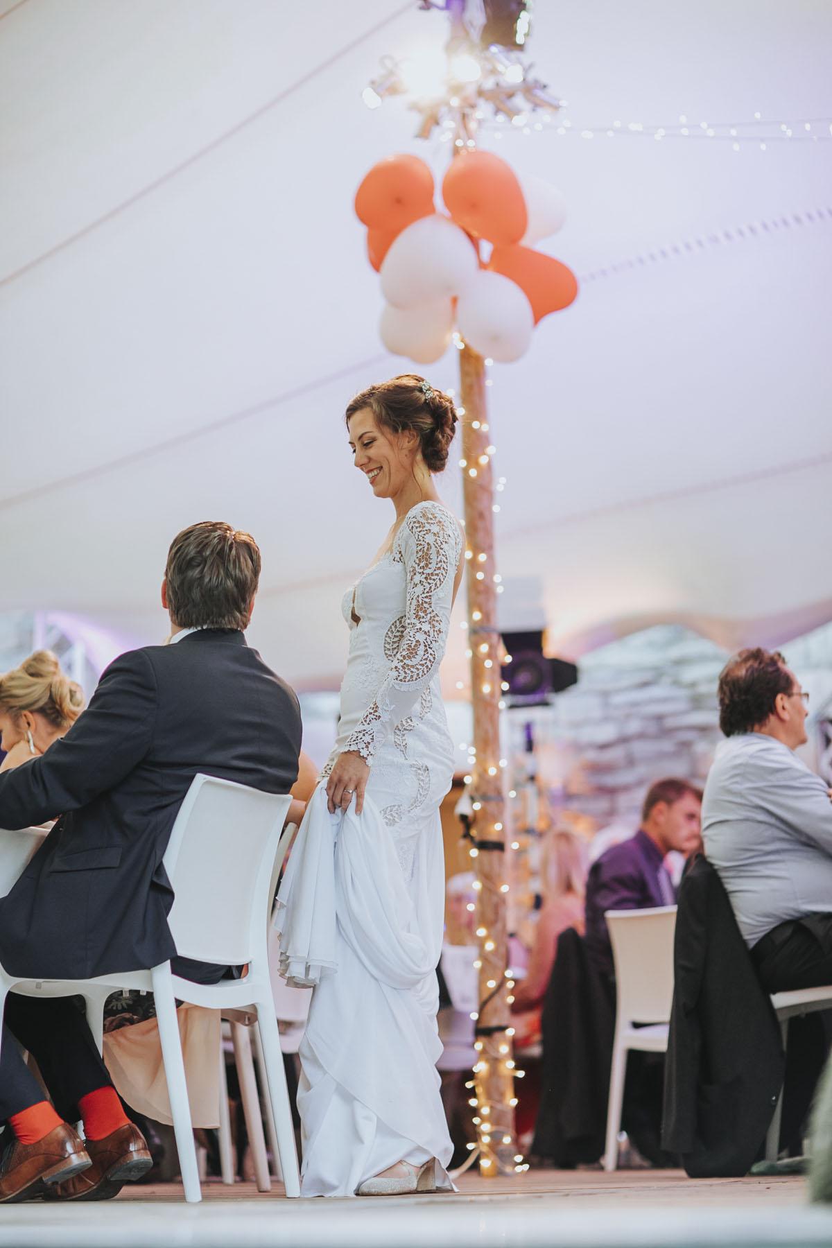 Alica+ Carsten | Freie Trauung im eigenen Garten - Fotografin Guelten Hamidanoglu Koeln Hochzeiten Hochzeitsfotos  487