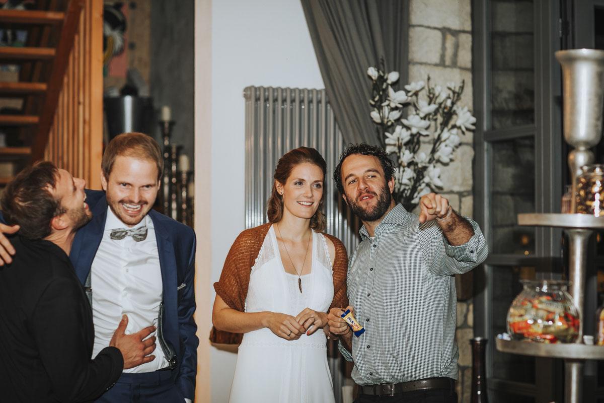 Caro + Chris | Herbstliche Hochzeit auf Hof Herzberg - Fotografin Guelten Hamidanoglu Koeln Hochzeiten Hochzeitsfotos  492