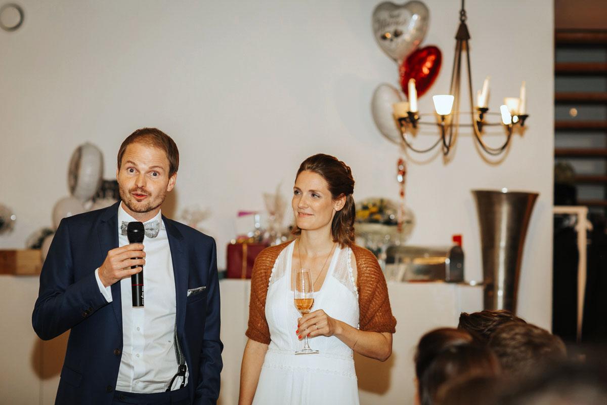 Caro + Chris | Herbstliche Hochzeit auf Hof Herzberg - Fotografin Guelten Hamidanoglu Koeln Hochzeiten Hochzeitsfotos  496