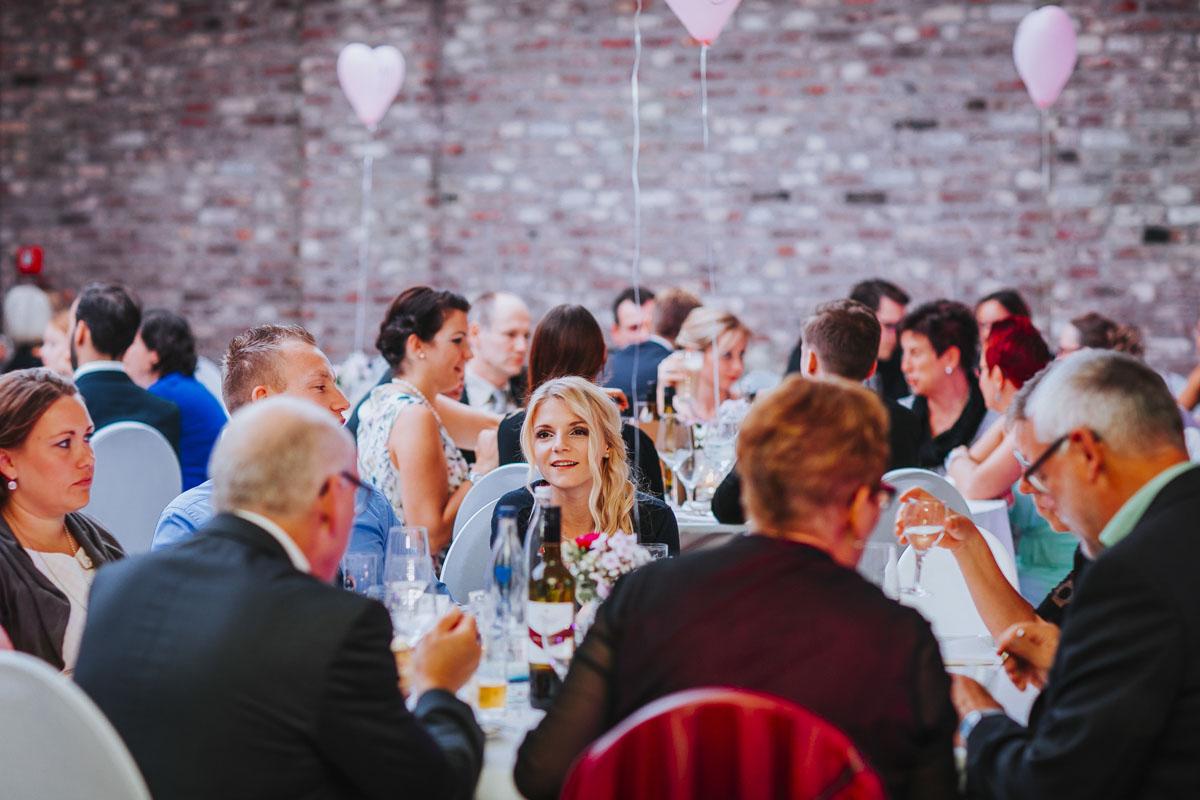 Silke + Clemens | Freie Trauung auf Gut Hohenholz - Fotografin Guelten Hamidanoglu Koeln Hochzeiten Hochzeitsfotos  506 1