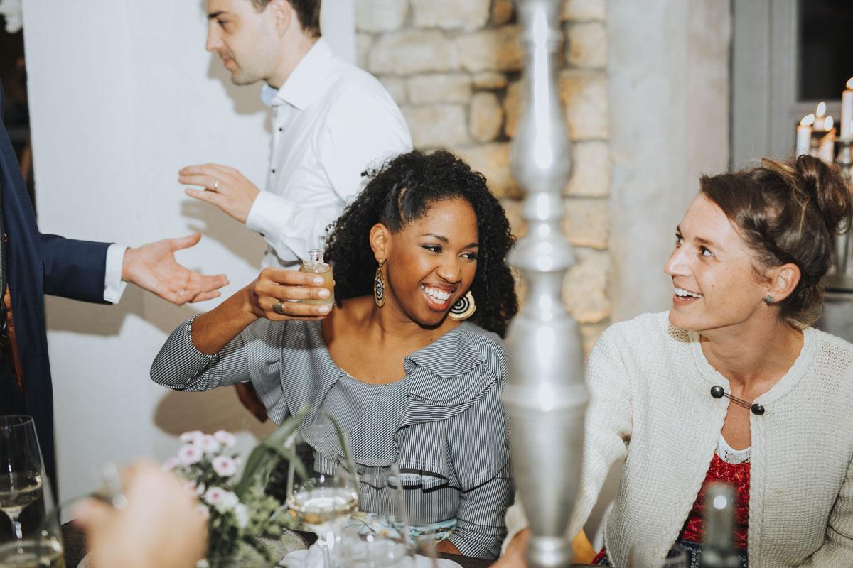 Caro + Chris | Herbstliche Hochzeit auf Hof Herzberg - Fotografin Guelten Hamidanoglu Koeln Hochzeiten Hochzeitsfotos  552