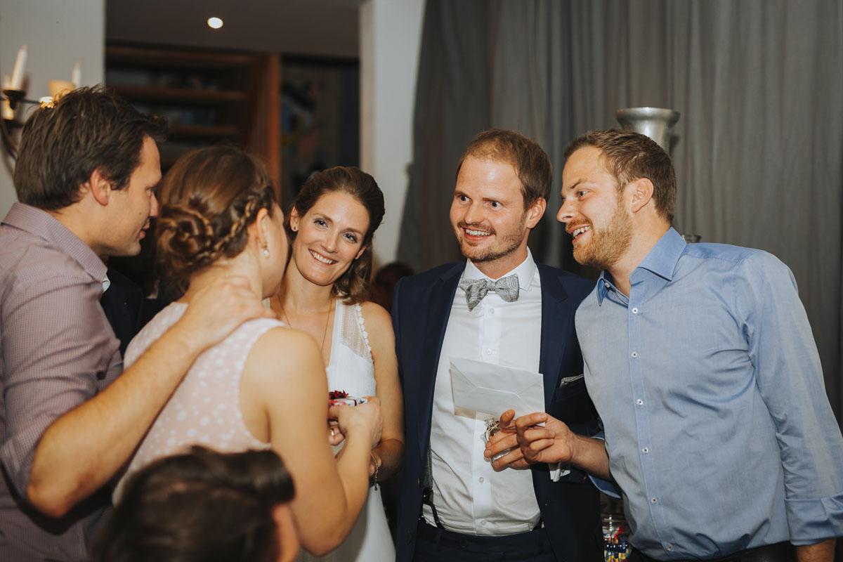 Caro + Chris | Herbstliche Hochzeit auf Hof Herzberg - Fotografin Guelten Hamidanoglu Koeln Hochzeiten Hochzeitsfotos  554