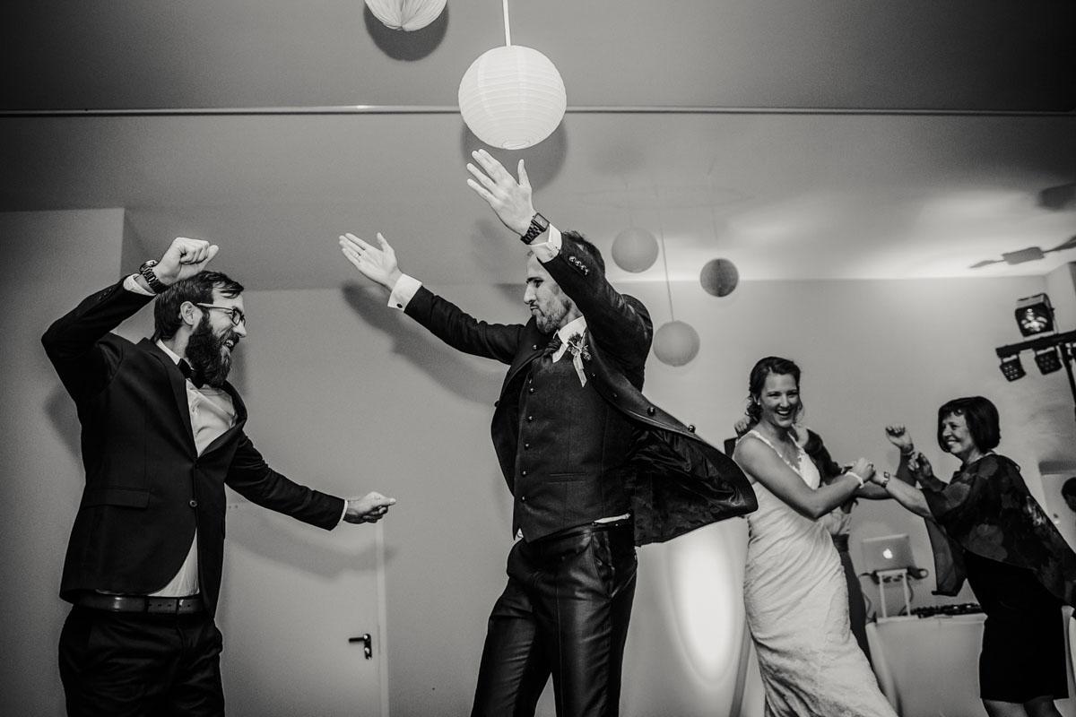 Silke + Clemens | Freie Trauung auf Gut Hohenholz - Fotografin Guelten Hamidanoglu Koeln Hochzeiten Hochzeitsfotos  555