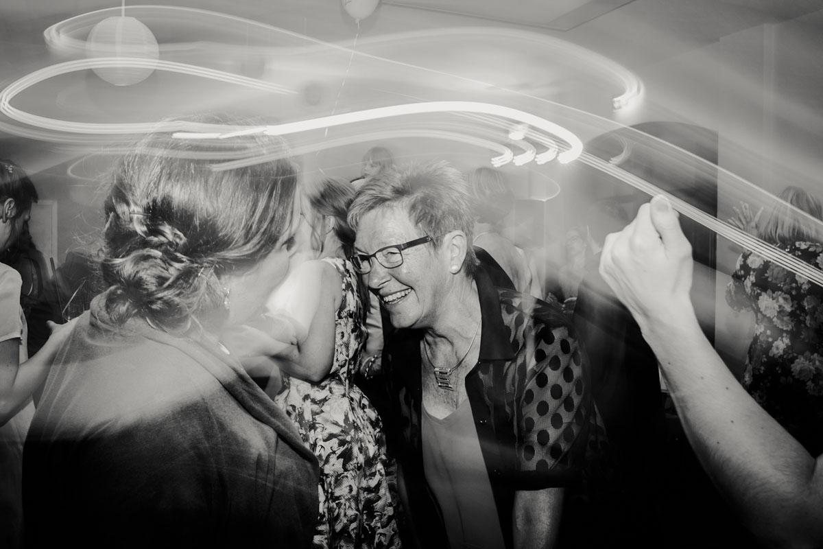 Silke + Clemens | Freie Trauung auf Gut Hohenholz - Fotografin Guelten Hamidanoglu Koeln Hochzeiten Hochzeitsfotos  562