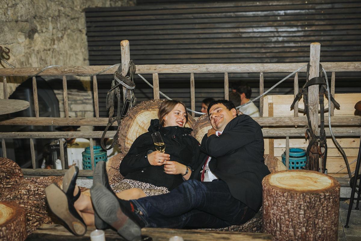 Caro + Chris | Herbstliche Hochzeit auf Hof Herzberg - Fotografin Guelten Hamidanoglu Koeln Hochzeiten Hochzeitsfotos  570