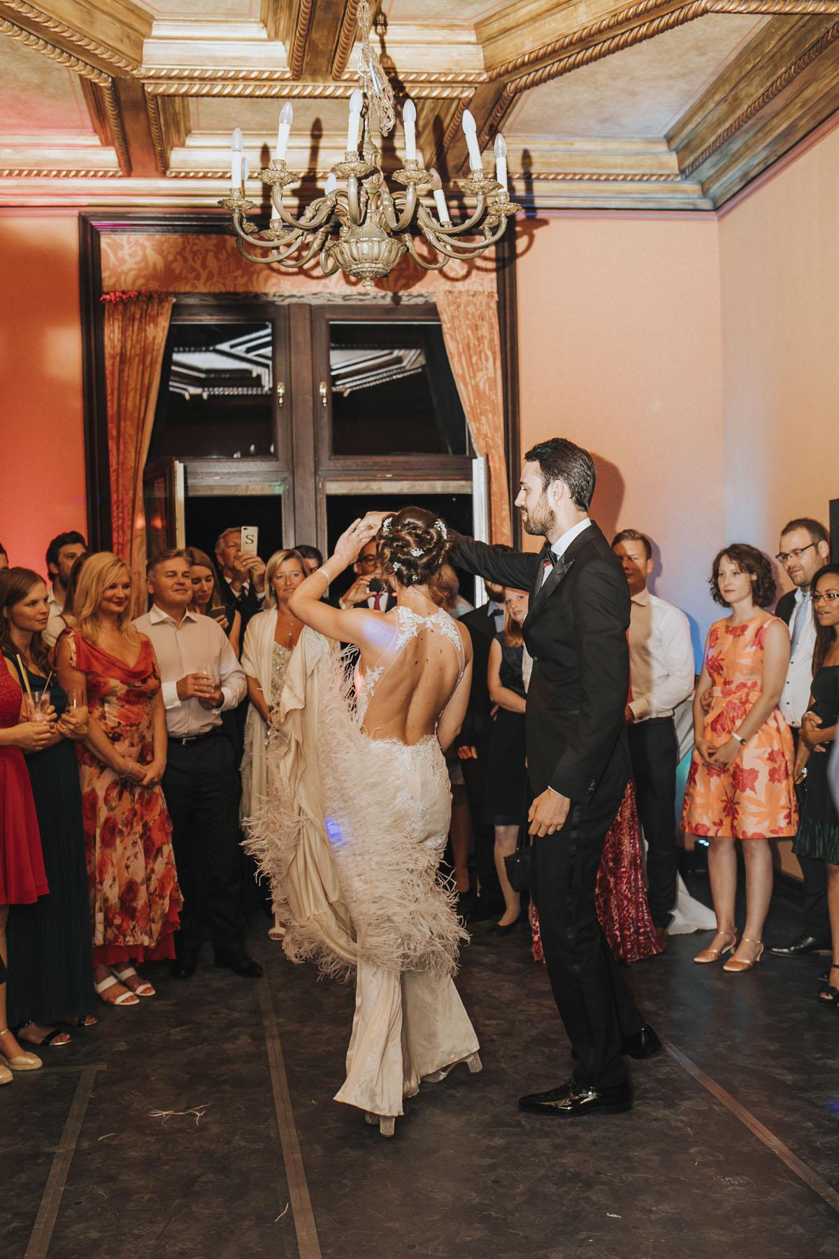 Alica+ Carsten | Freie Trauung im eigenen Garten - Fotografin Guelten Hamidanoglu Koeln Hochzeiten Hochzeitsfotos  578