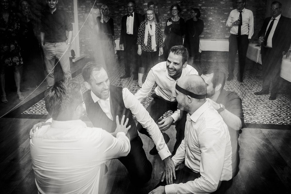 Silke + Clemens | Freie Trauung auf Gut Hohenholz - Fotografin Guelten Hamidanoglu Koeln Hochzeiten Hochzeitsfotos  590 1