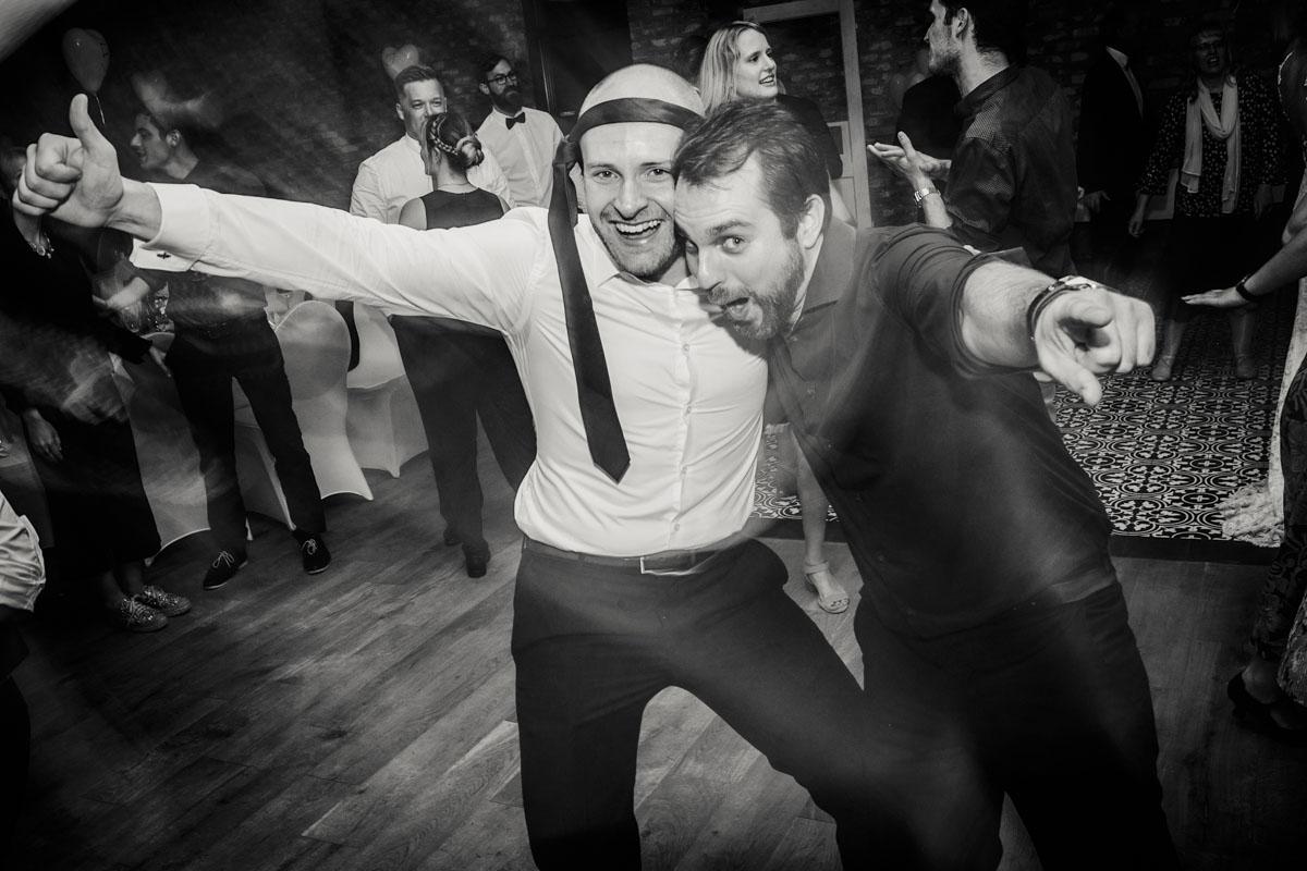 Silke + Clemens | Freie Trauung auf Gut Hohenholz - Fotografin Guelten Hamidanoglu Koeln Hochzeiten Hochzeitsfotos  592
