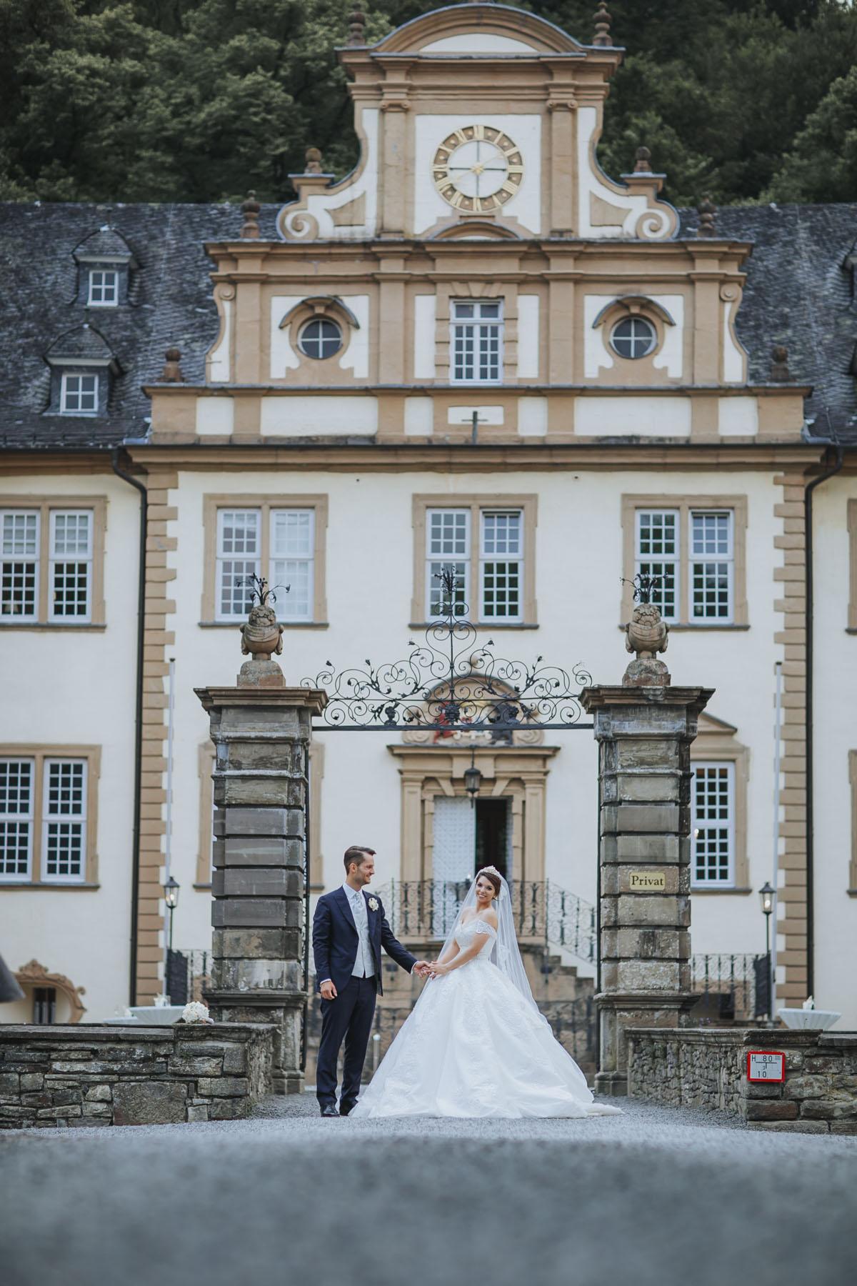 Patricia + Tom | Prinzessinnenhochzeit auf Ehreshoven - Fotografin Guelten Hamidanoglu Koeln Hochzeiten Hochzeitsfotos  60