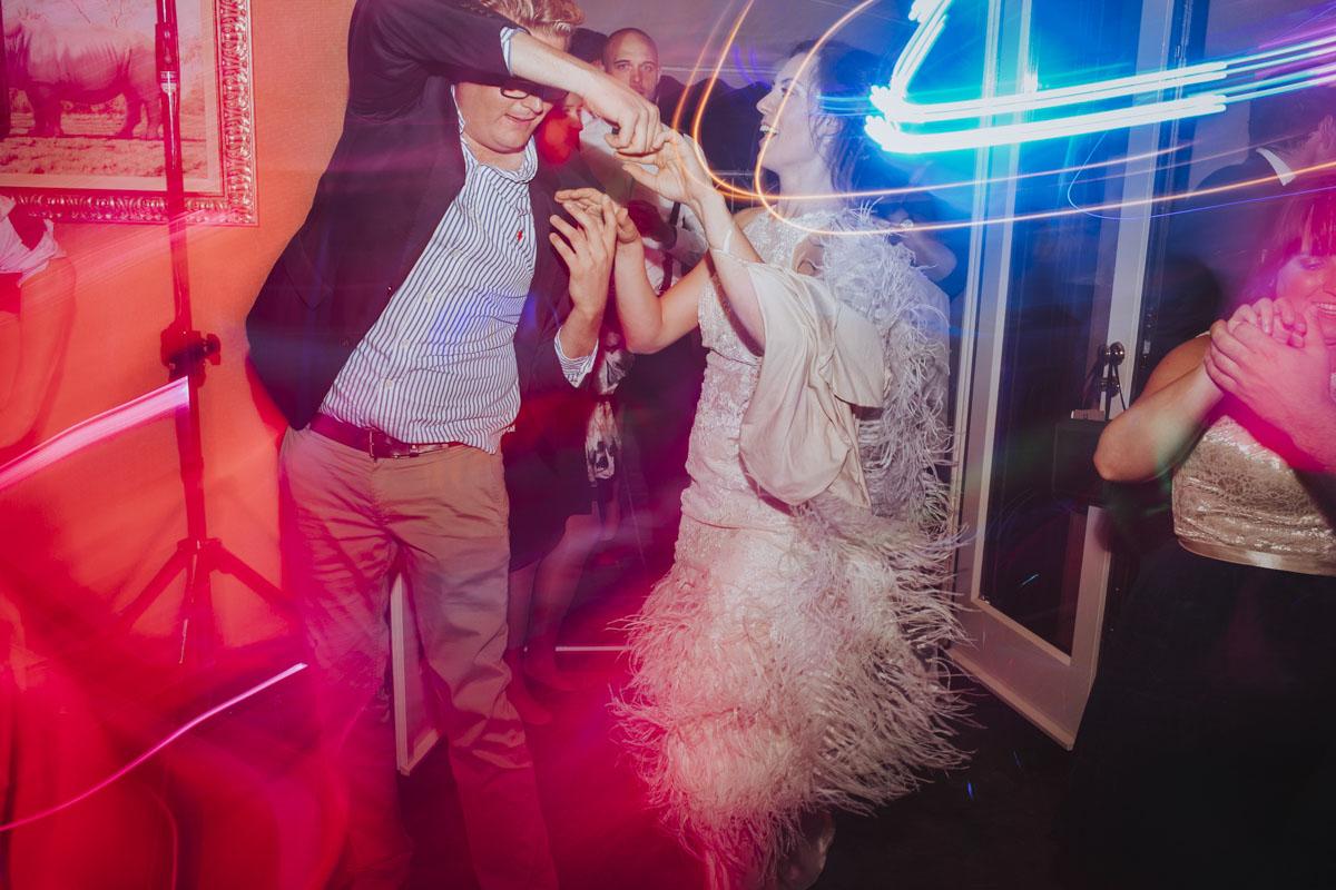 Alica+ Carsten | Freie Trauung im eigenen Garten - Fotografin Guelten Hamidanoglu Koeln Hochzeiten Hochzeitsfotos  605