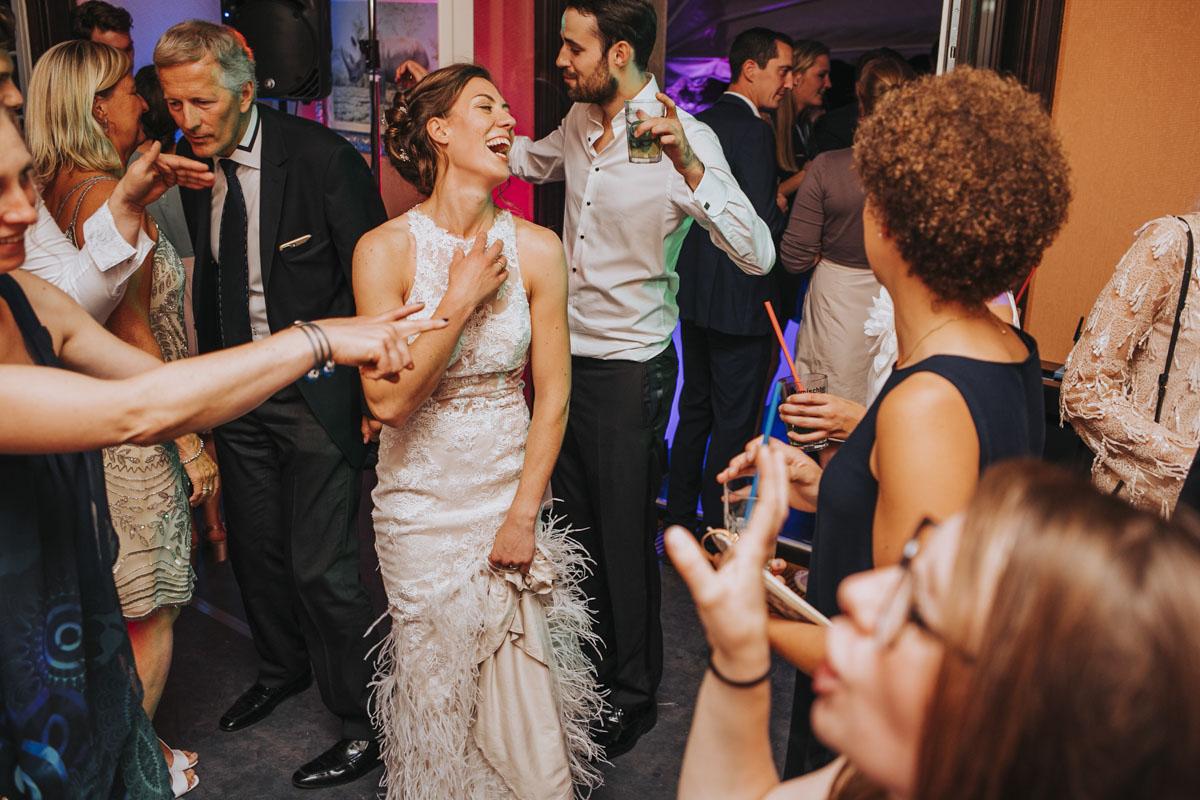 Alica+ Carsten | Freie Trauung im eigenen Garten - Fotografin Guelten Hamidanoglu Koeln Hochzeiten Hochzeitsfotos  606