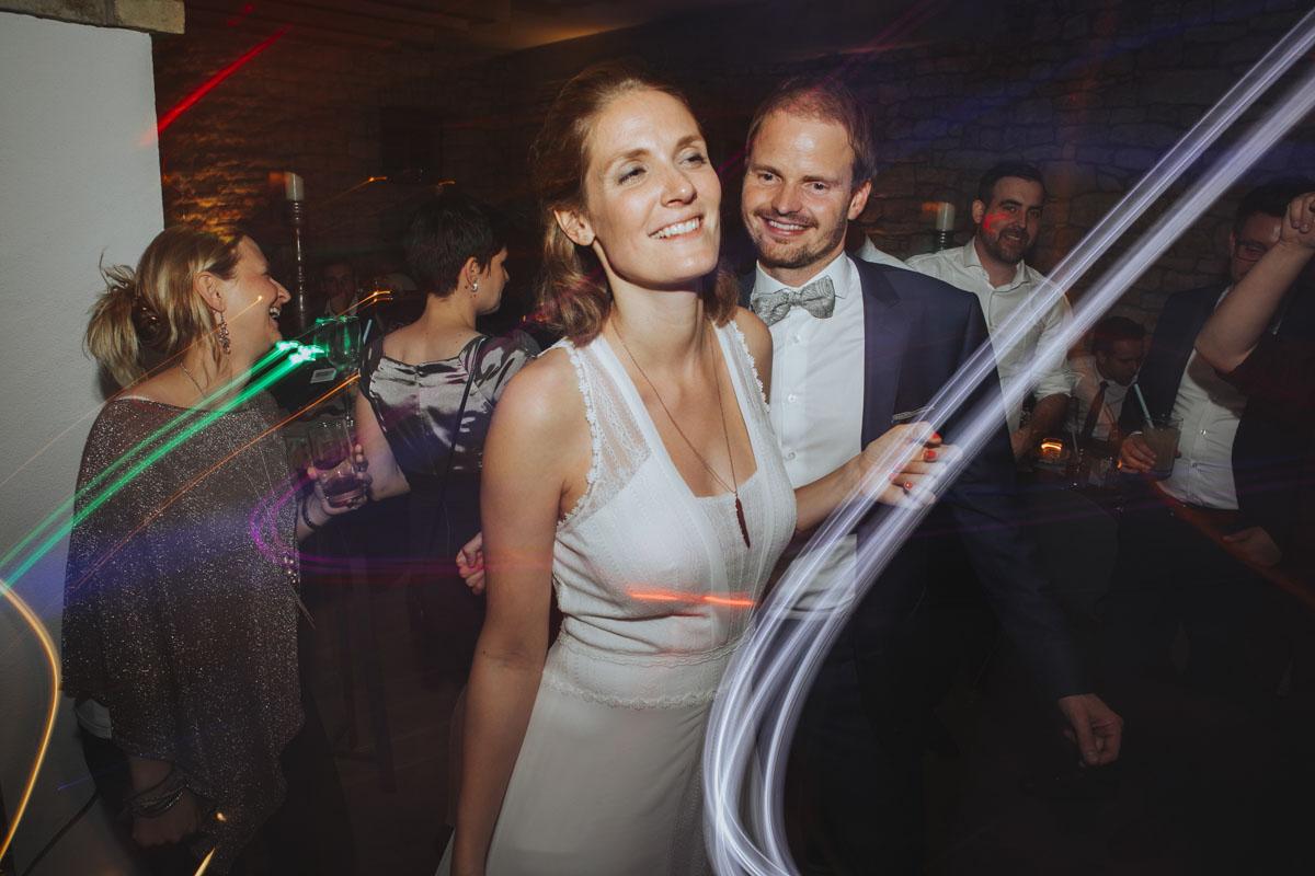 Caro + Chris | Herbstliche Hochzeit auf Hof Herzberg - Fotografin Guelten Hamidanoglu Koeln Hochzeiten Hochzeitsfotos  616