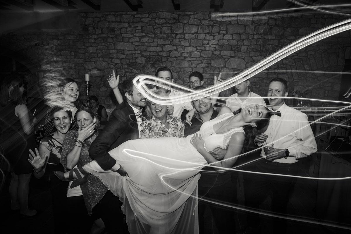 Caro + Chris | Herbstliche Hochzeit auf Hof Herzberg - Fotografin Guelten Hamidanoglu Koeln Hochzeiten Hochzeitsfotos  620