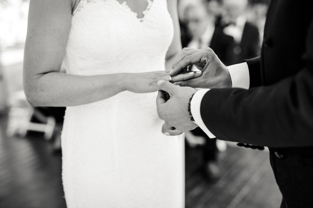 Silke + Clemens | Freie Trauung auf Gut Hohenholz - Fotografin Guelten Hamidanoglu Koeln Hochzeiten Hochzeitsfotos  84