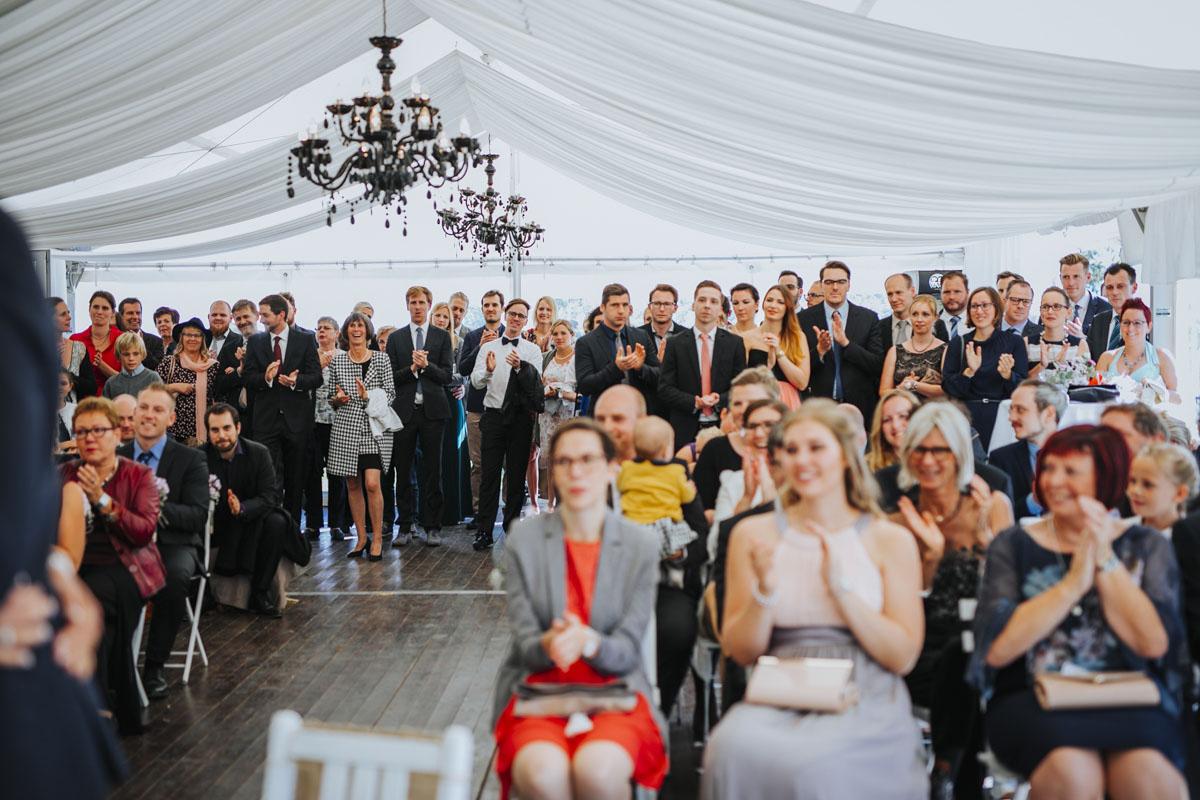 Silke + Clemens | Freie Trauung auf Gut Hohenholz - Fotografin Guelten Hamidanoglu Koeln Hochzeiten Hochzeitsfotos  91