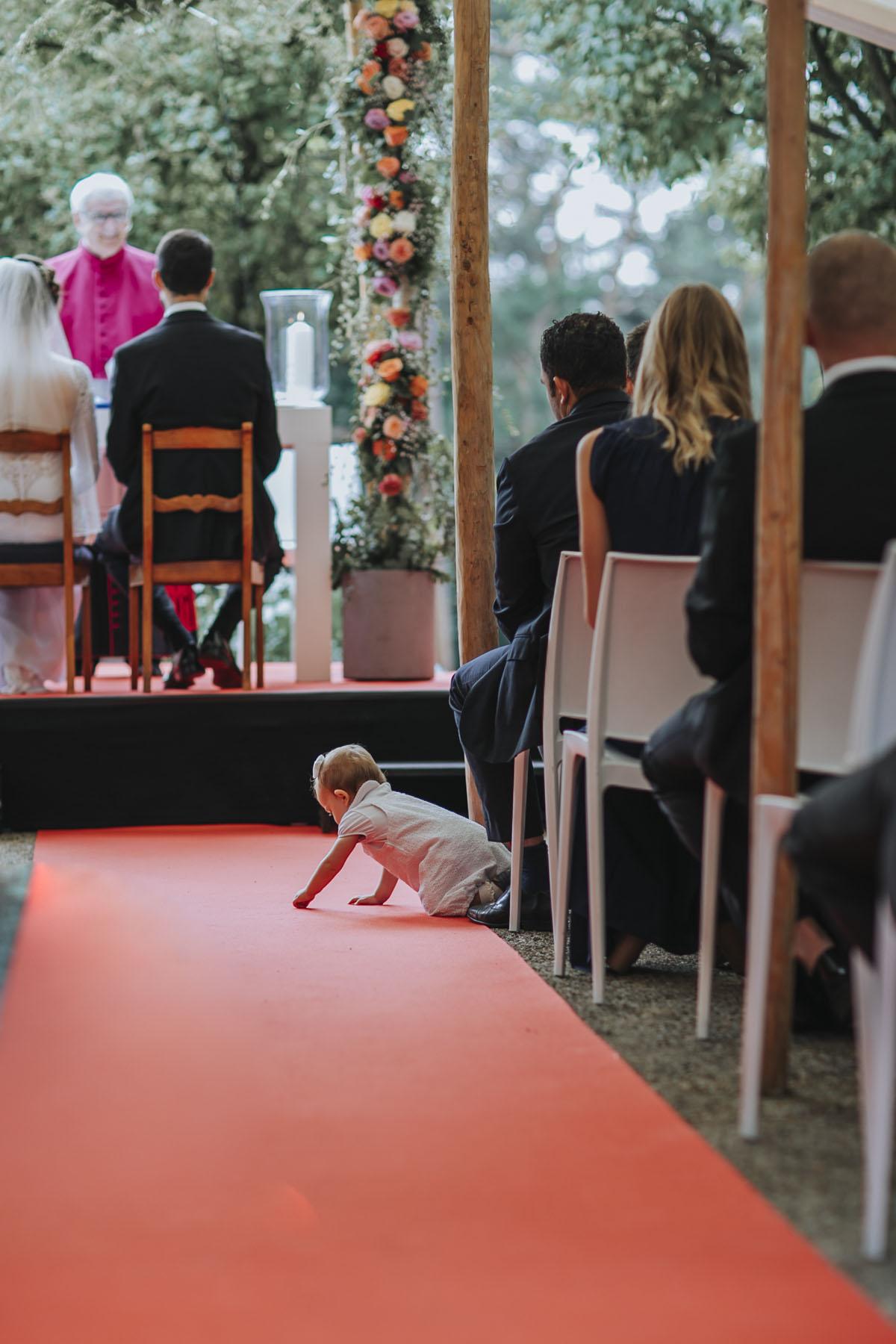 Alica+ Carsten | Freie Trauung im eigenen Garten - Fotografin Guelten Hamidanoglu Koeln Hochzeiten Hochzeitsfotos  96